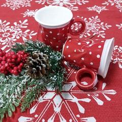 Чаша червена на бели точки малка