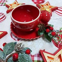 Чаша за кафе с чинийка червена